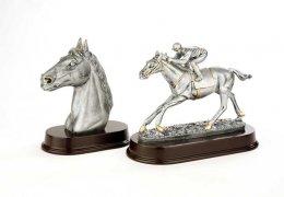 silver-finish-horses